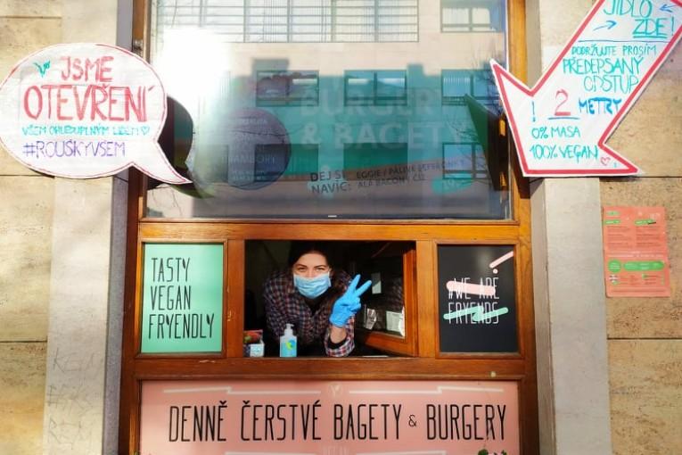 Rozhovor s Petrou Drábkovou, majitelkou veganského bistra FRYENDS v Brně