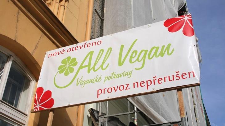 V Praze otevřel veganský obchod s bufetem