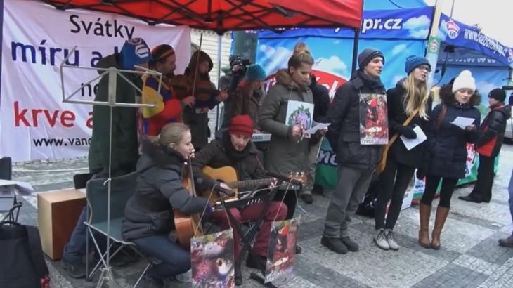 Krvavé koledy aneb reakce aktivistů na pouliční jatka