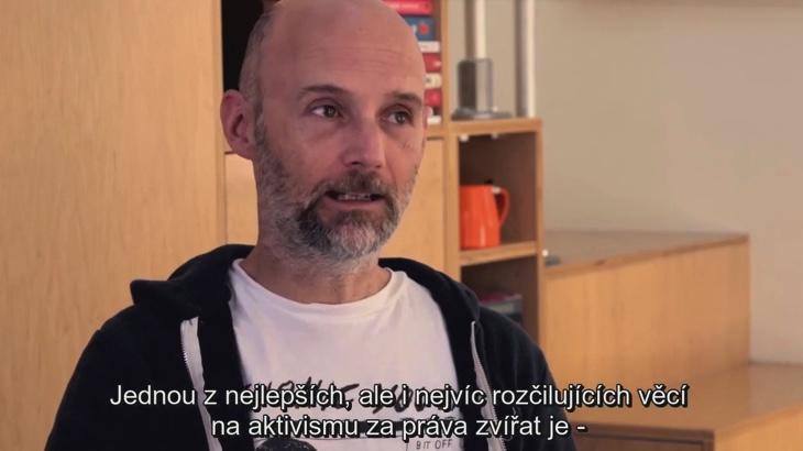 Moby: Lidé a zvířata (video)