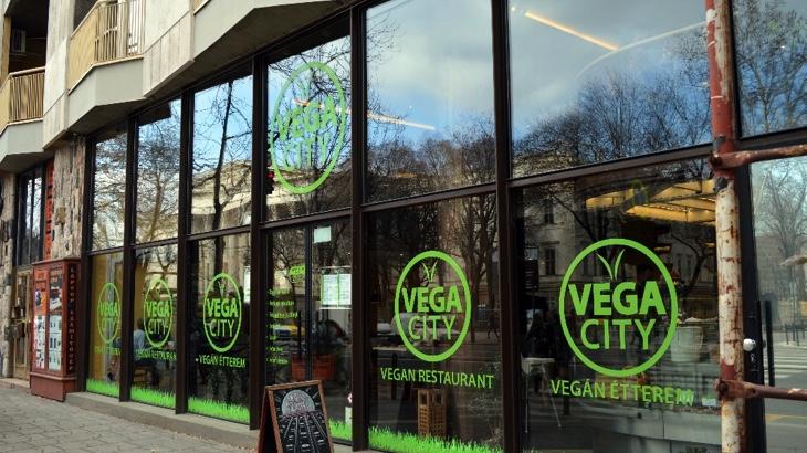 Kam zajít v Budapešti na veganské jídlo?