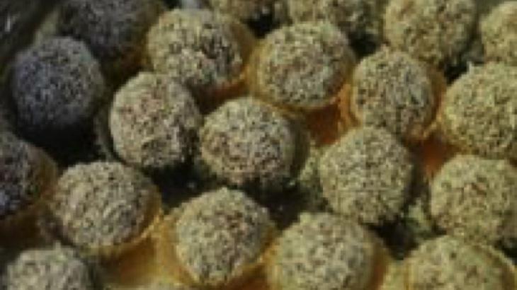 Čarodějnické kokosové kuličky