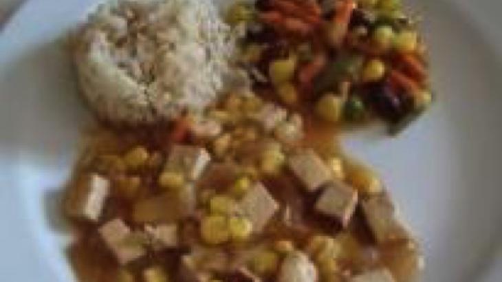 Uzené tofu s kukuřicí